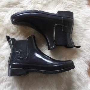 Hunter Shoes - FLASH SALE! Hunter Chelsea Short Rainboots